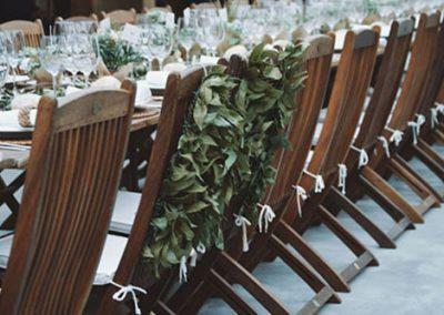 Decoración de mesas en una boda de catering. Foto: Daniel Santalla